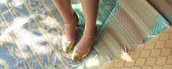 basisbeeld_kleden_gouden_schoenen.jpg