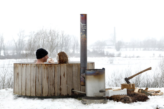 dutchtub_wood_weltevree_urbans_and_indians_winter2.jpg