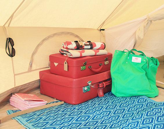 kleine_grote_tentenshow_bagage2_kl.jpg