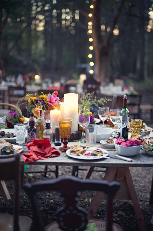 outdoor wedding via stylemepretty.jpg